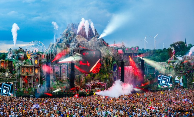 [FESTIVAL PREVIEW] TomorrowWorld 2014 Playlist: This Year's Must See Artists