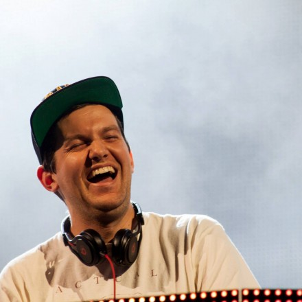 "[TICKET CONTEST] Win Tickets To See Dillon Francis' ""Friends Rule Tour"" At Aragon Ballroom, Chicago"