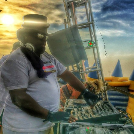 "[QUICK MIX - HOUSE] Carl Cox - ""2007 Space Terrace Ibiza Mix"""