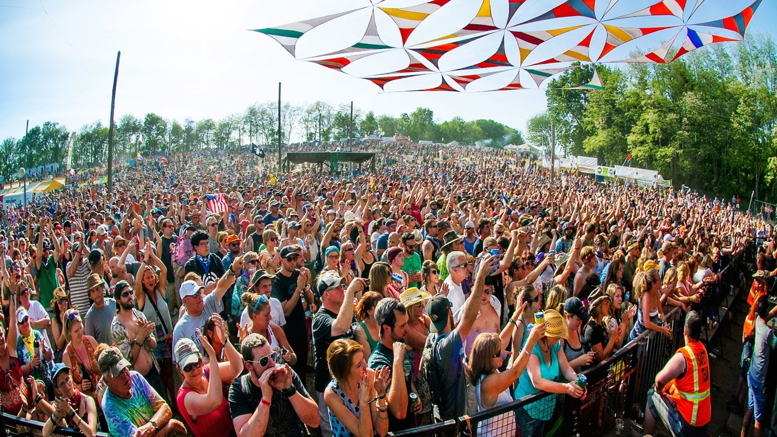 [FEST NEWS] Summer Camp Completes Its Already Awe-Inspiring Lineup