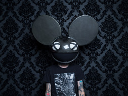 02-Deadmau5-press-photo-credit-Jess-Baumung-2016-billboard-1548