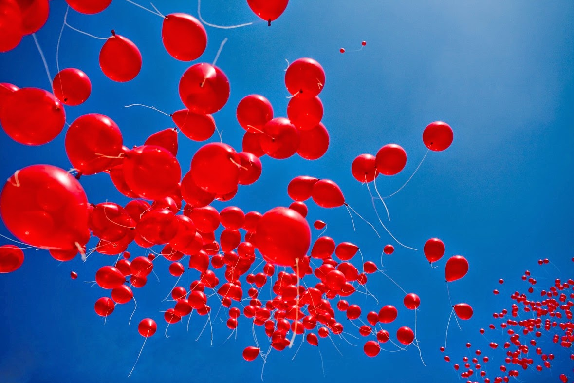 "Oliver Nelson & Tobtok Bring The Classic ""99 Red Balloons"" To The Dancefloor"