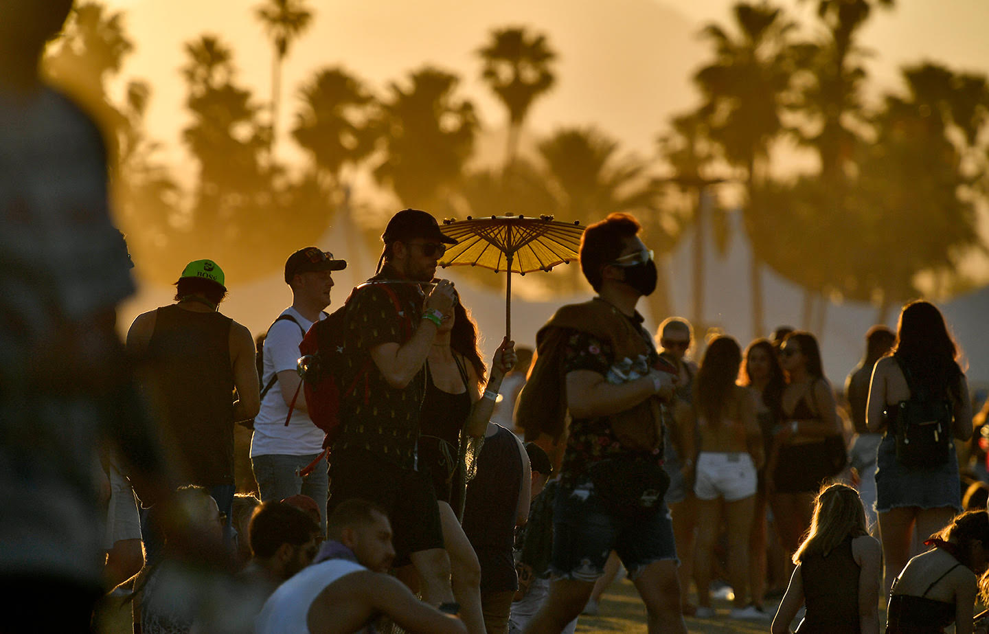Coachella Weekend 2: Fleeting Moments In Brazen Heat