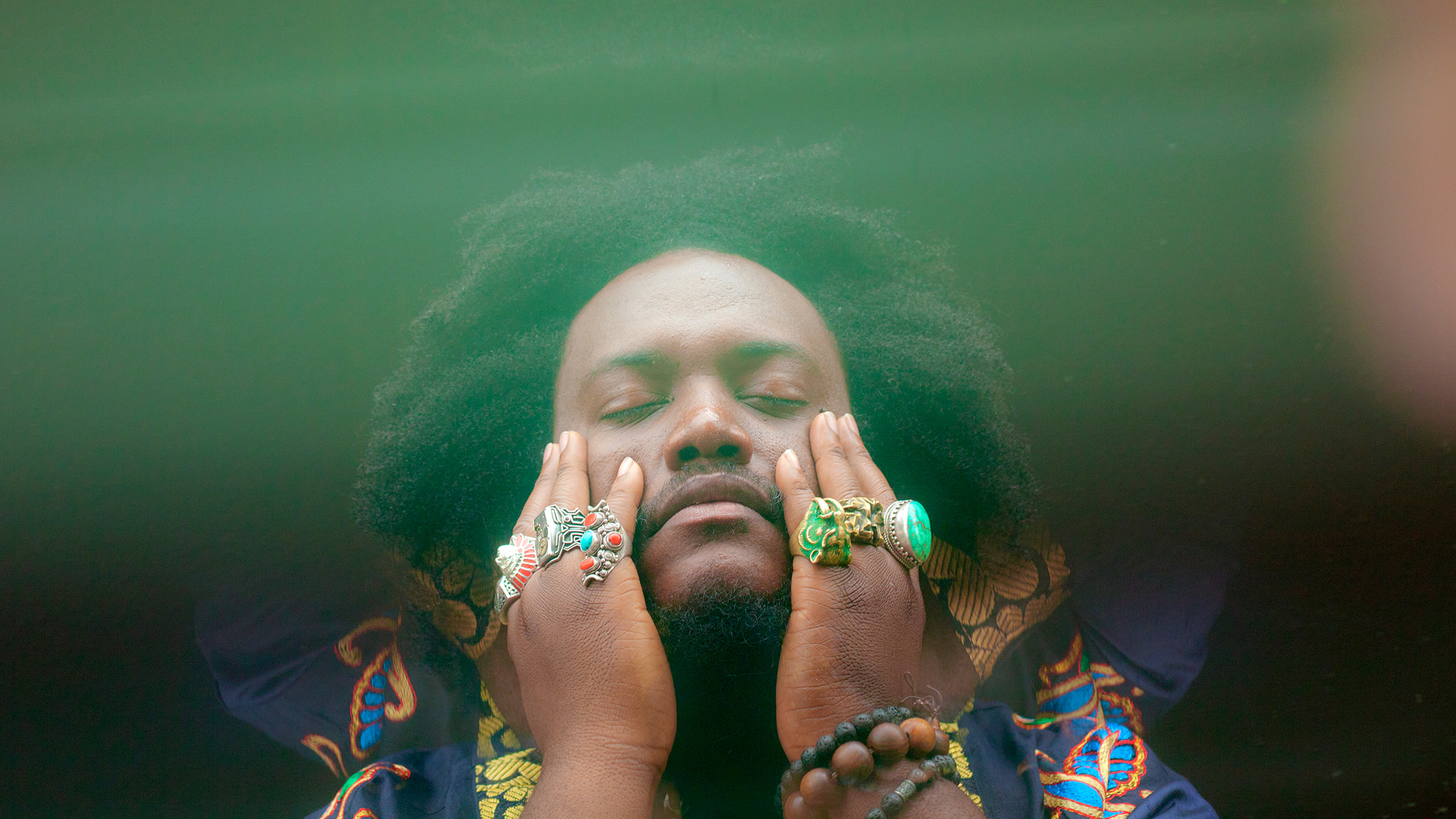 "Kamasi Washington Revisits Childhood with ""Street Fighter Mas"""