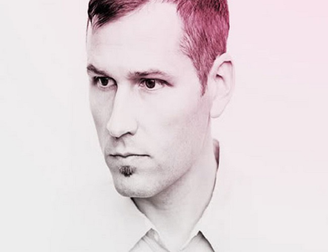 [CONCERT REVIEW] Kaskade at Navy Pier, Chicago: A Shadow Of Himself