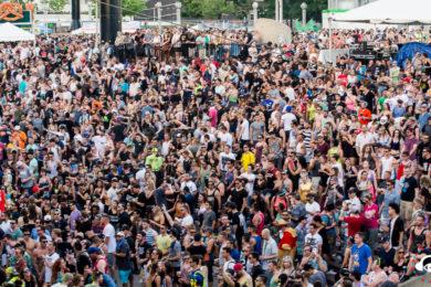 Detroit Crowd