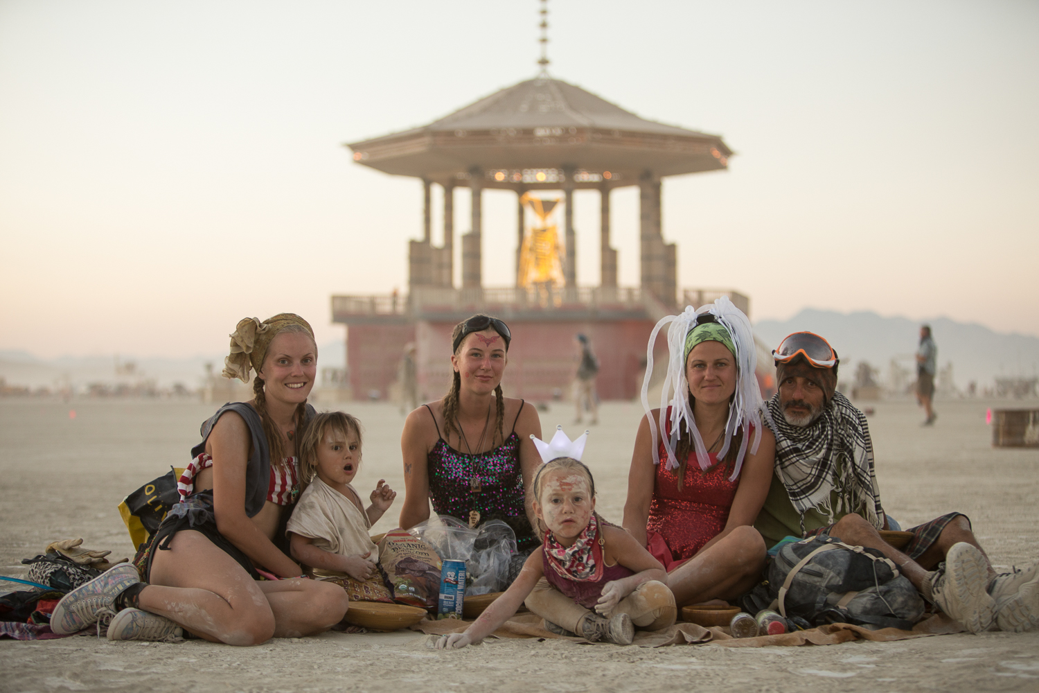 These 30+ Burning Man Photos Capture The True Beauty Of Humanity