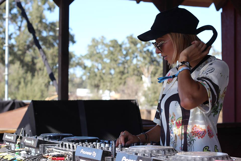 Pineapples & Ibiza: An Interview With Lauren Lane