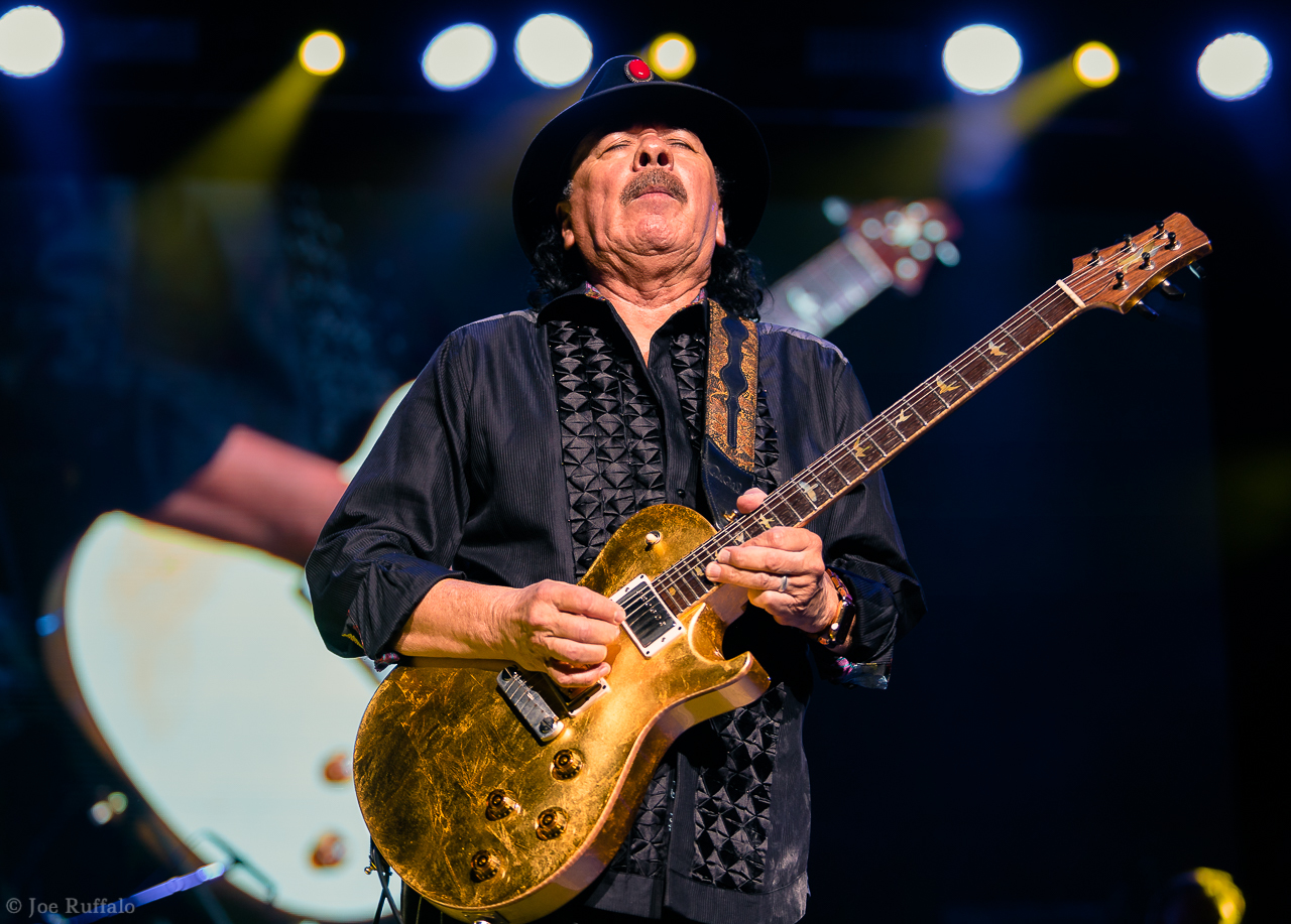 Santana Celebrates Woodstock, 'Supernatural', & Life During Tinley Park Concert